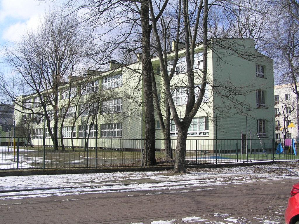 Angorska 2 - Szkoła Podstawowa nr 373 wWarszawie