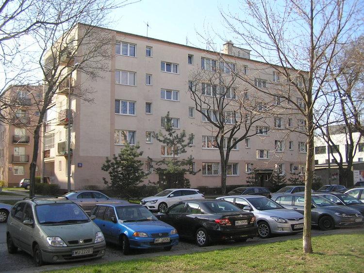 Białowieska 14 wWarszawie