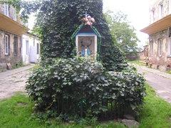 Kapliczka przy Brzeskiej 21 wWarszawie