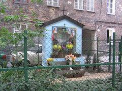 Kapliczka przy ulicy Brzeskiej 13 wWarszawie