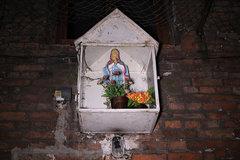 Kapliczka przy Jagiellońska 27, fot. Anna Szwałkiewicz