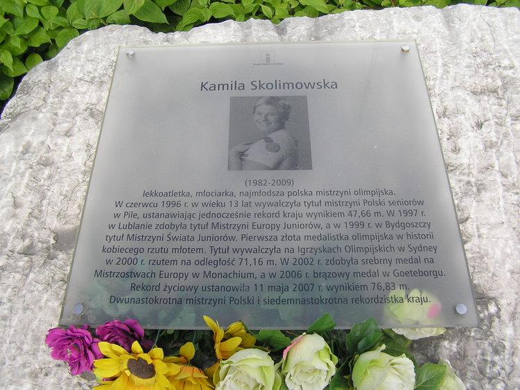 Tablica pamięci Kamili Skolimowskiej
