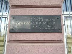 Tablica pamiątkowa przy Kłopotowskiego 5
