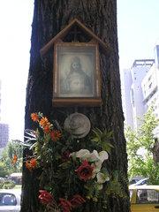 Kapliczka przy Kobielskiej 32 wWarszawie