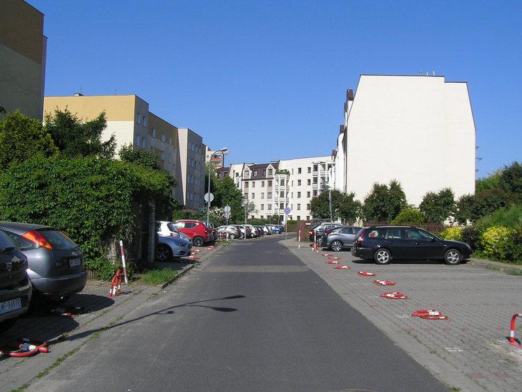 Ulica Mikołajczyka wWarszawie