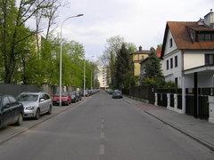 Ulica Niekłańska wWarszawie