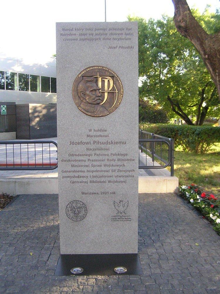 Tablica pamięci Józefa Piłsudskiego