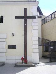 Krzyż misyjny przy ulicy Skaryszewskiej 12 wWarszawie