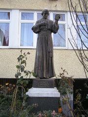 Figura św. Wincentego Pallottiego wWarszawie