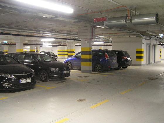 Parking podziemny wGalerii Rondo Wiatraczna