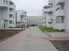 Jagiellońska 47 - budynki komunalne
