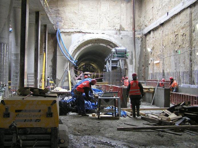 Budowa stacji C15 Dworzec Wileński
