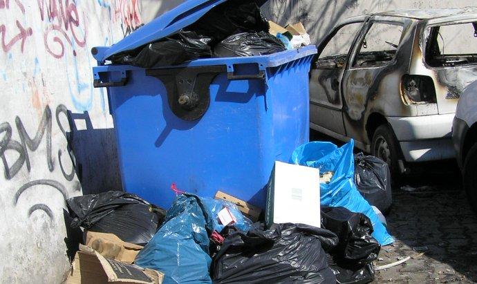 Śmieci na Ząbkowskiej