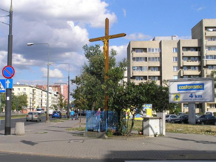 Krzyż na Grochowskiej/Międzyborskiej