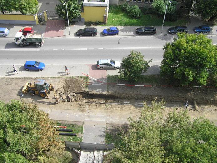 Ulica Białostocka 9 wczasie prowadzonych prac