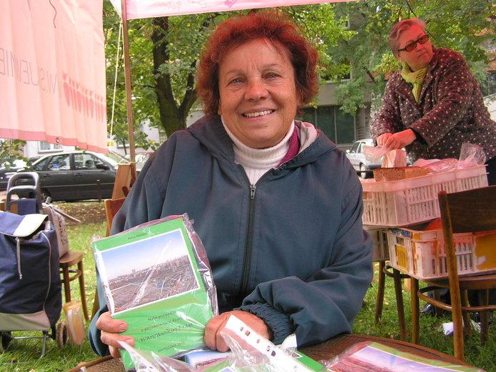 Alicja Banasik prezentuje swoją książkę