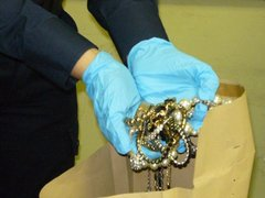 Zrabowane przedmioty, fot. KRP VII