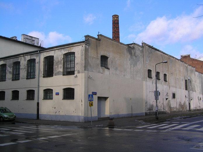 Fabryka Trzciny na Otwockiej 14