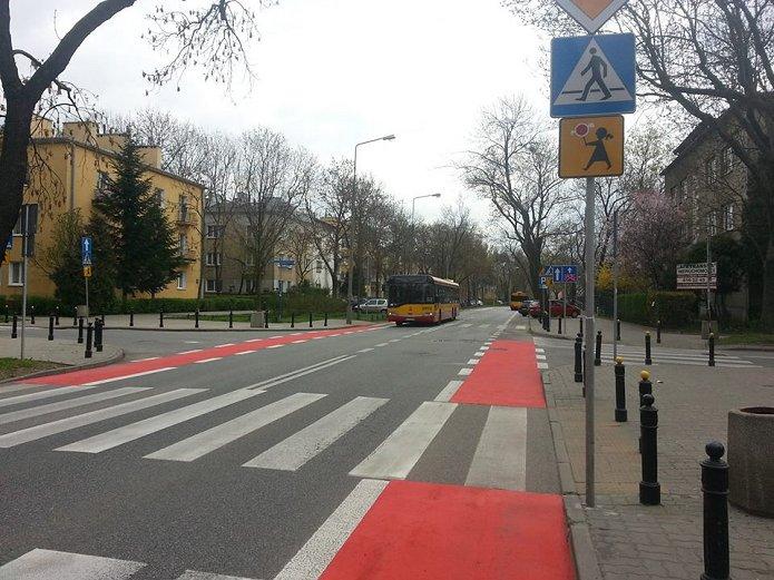 Pasy rowerowe na Saskiej. fot. Pełnomocnik Prezydenta m.st. Warszawy ds. komunikacji rowerowej
