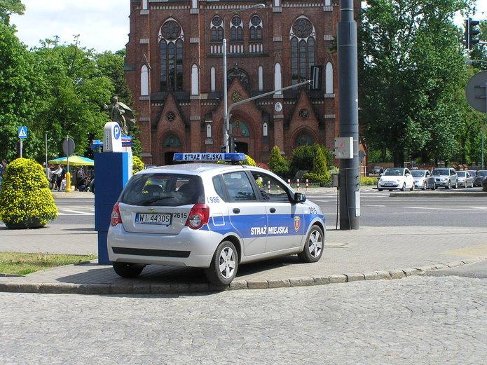 Grzegorz Walkiewicz, radny Śródmieścia - Domagamy się likwidacji straży miejskiej wWarszawie