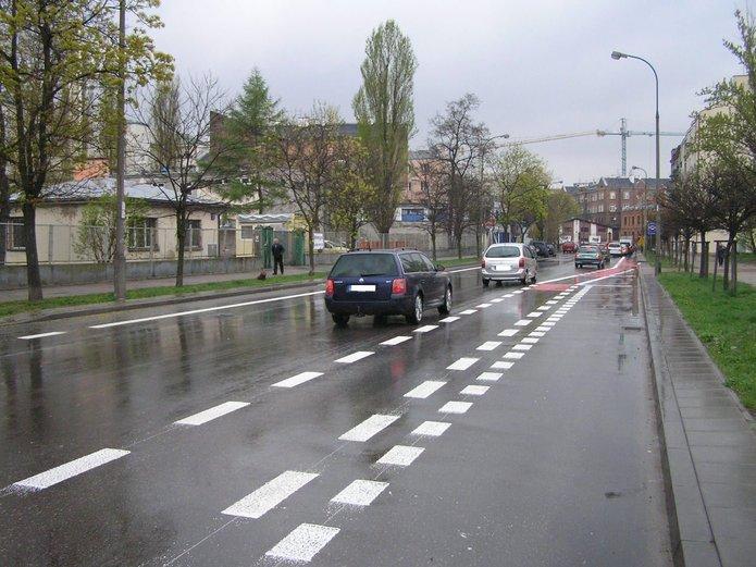 Pasy rowerowe na Markowskiej