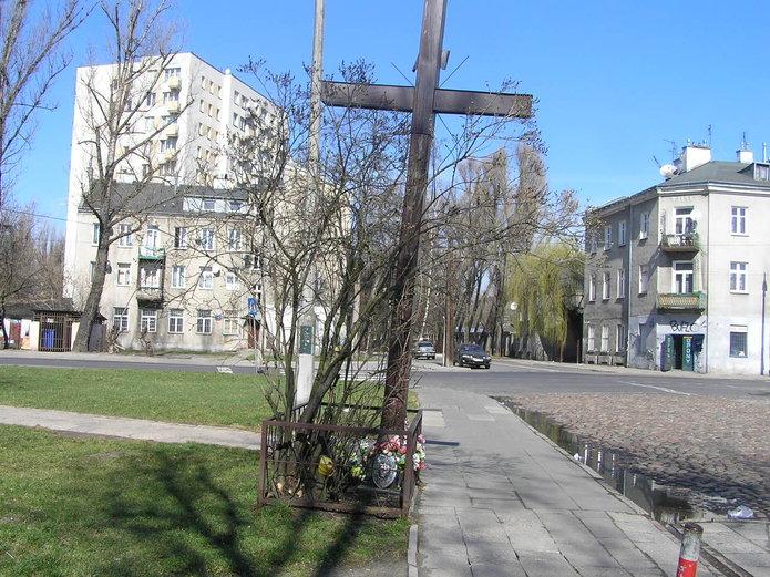 Przechylony krzyż na Bliskiej