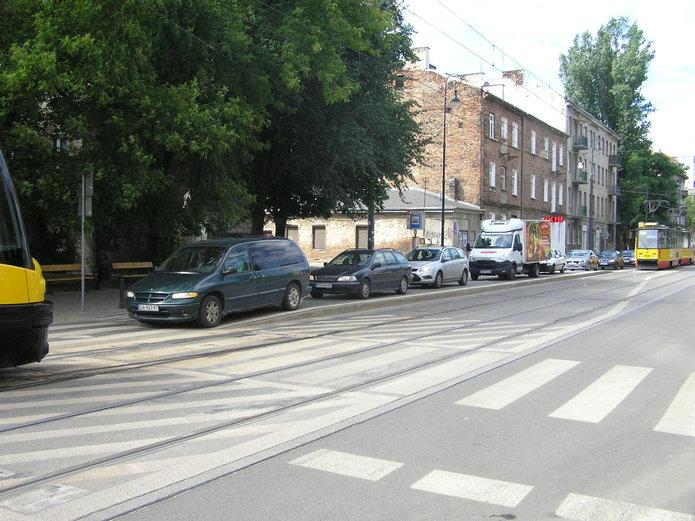 Samochody na Kawęczyńskiej