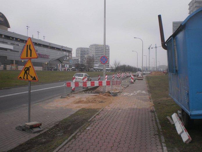 Budowa zatoki autobusowej na ulicy J. Nowaka Jeziorańskiego, fot. R. Wodzicki