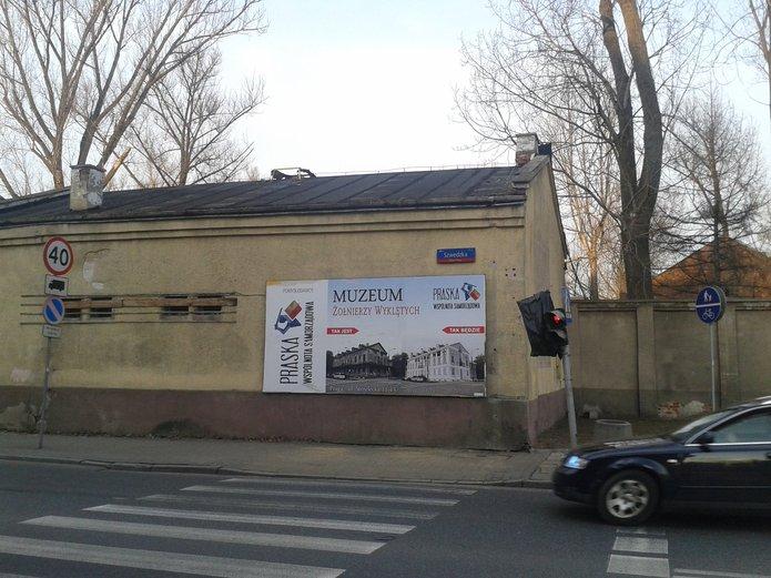 Reklama wyborcza na Pradze Północ, fot. KMI