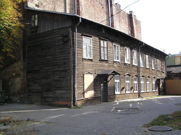 Kawęczyńska 26 - drewniany budynek
