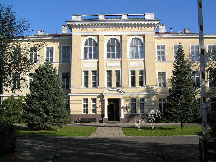 Dawny budynek SGGW przy Grochowskiej