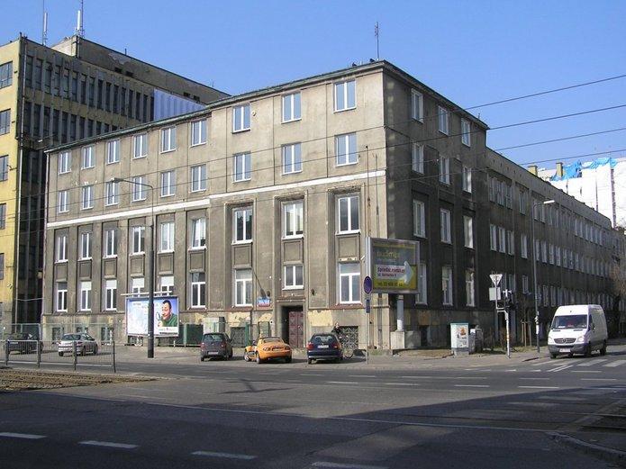 Zabudowania przy Grochowskiej 306