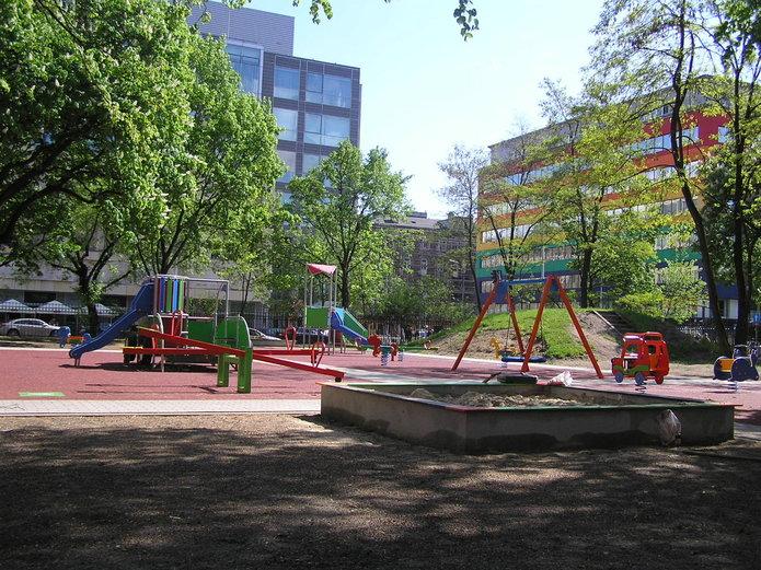 Odnowiony plac zabaw przedszkola nr 183