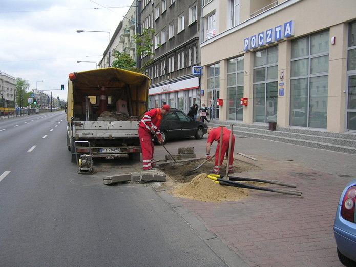 Coraz mniej drzew na Grochowskiej