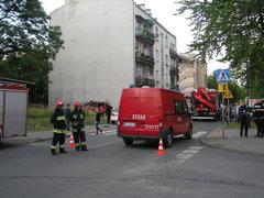 Trwa akcja służb po zawaleniu kamienicy na Kawęczyńskiej