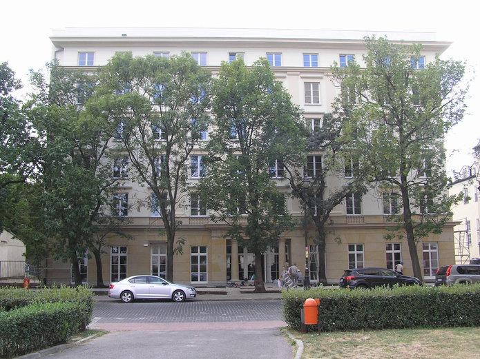 Budynek Akademika Praskiego przy Floriańskiej 3