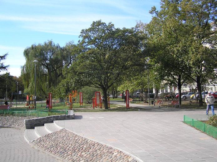 Plac Hallera po przebudowie
