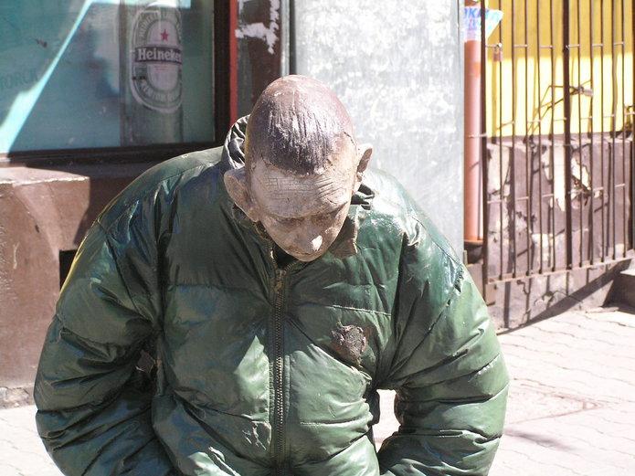 Rzeźba Pana Gumy na Stalowej