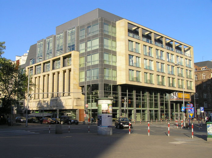 Budynek kina Praga na Pradze