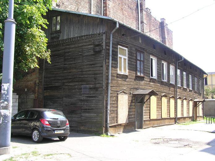 Praski drewniak zKawęczyńskiej