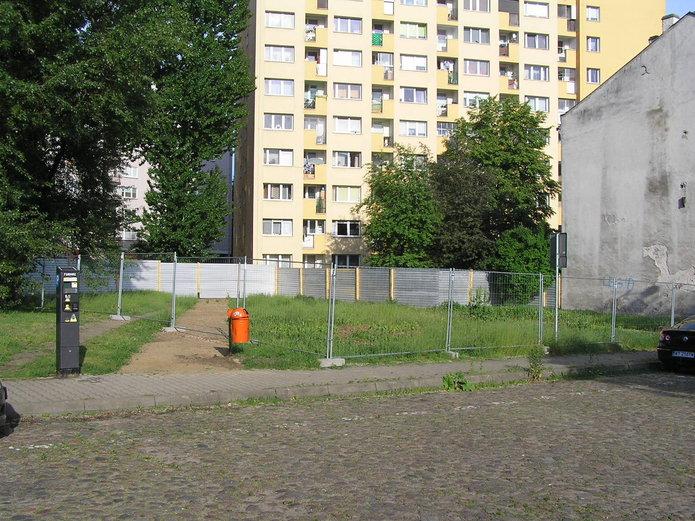 Działka przy Olszowej 14 na Pradze