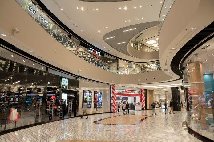Wnętrza Atrium Promenada na Pradze Południe