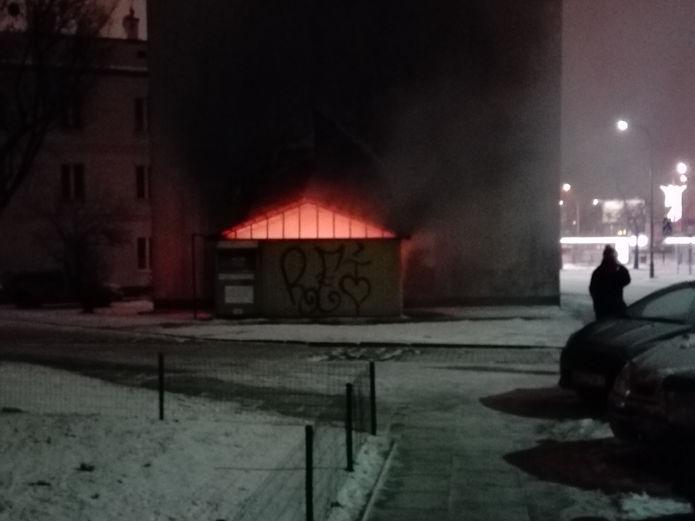 Pożar przy Skaryszewskiej 2