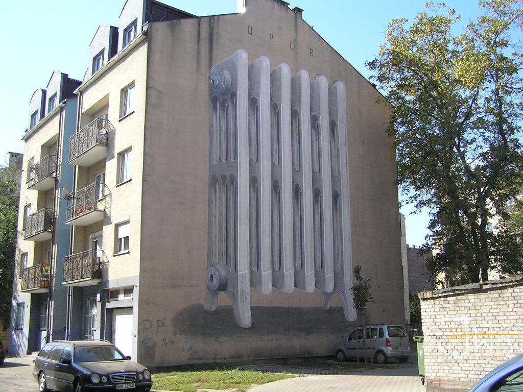 Mural Grzejnik przy Równej 9 wWarszawie