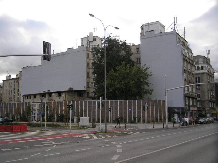 Targowa 15 - historyczne murale zostały zniszczone