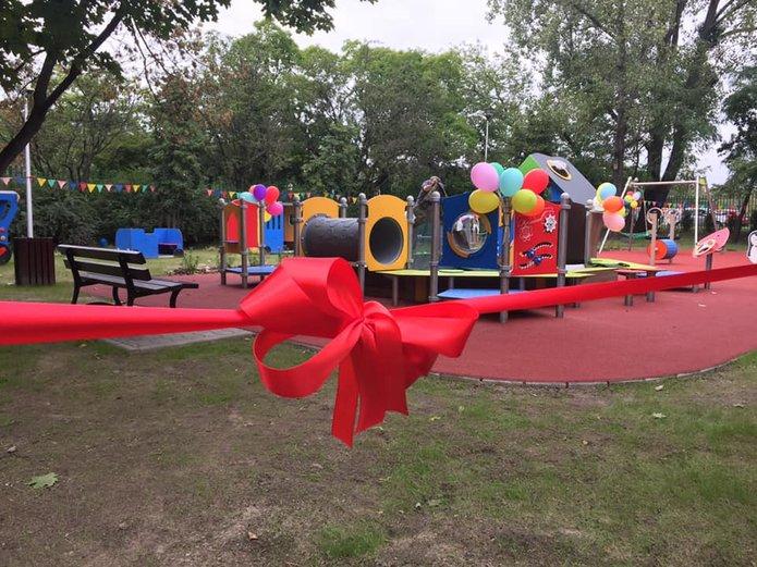 Otwarcie placu zabaw wVII Ogrodzie Jordanowskim przy Namysłowskiej