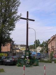 Odnowiony krzyż na Radzymińskiej