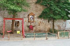 Kapliczka dawniej, fot. Anna Szwałkiewicz