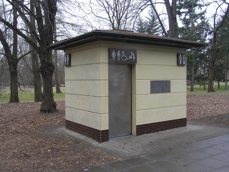 Automatyczna toaleta wParku Praskim