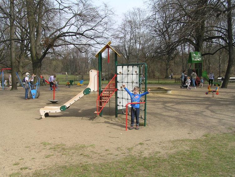 Plac zabaw wParku Skaryszewskim wWarszawie
